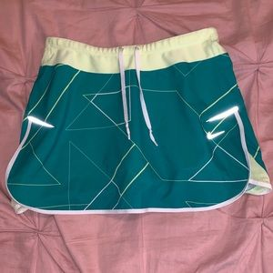 Nike Dry-Fit Athletic Skort Green